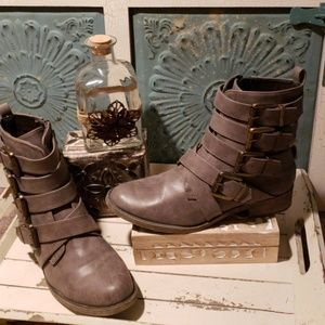 "MIA ""EVERLY"" BUCKLE BOOTS 8.5 NWOT"